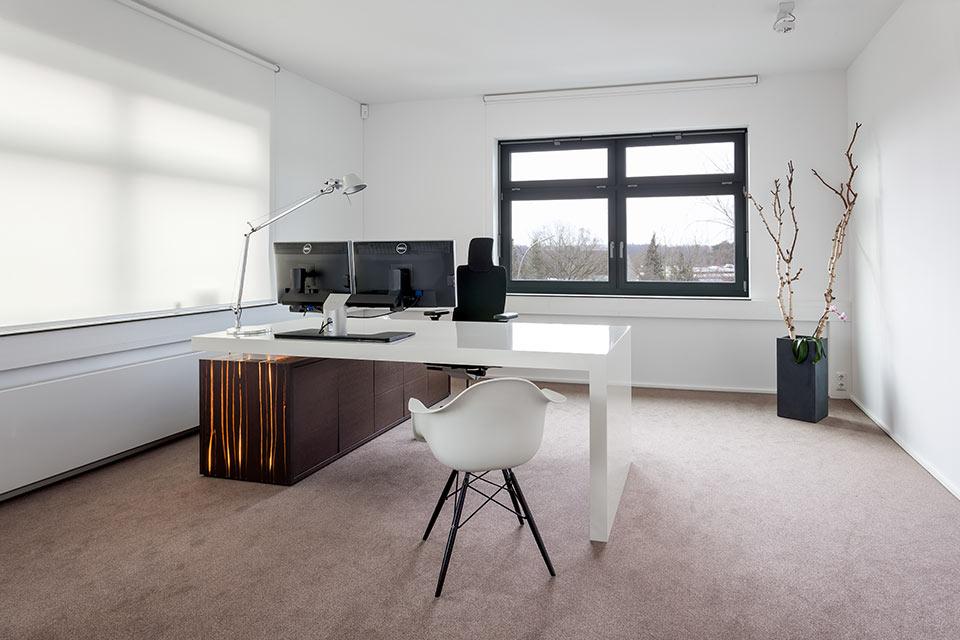 Büroeinrichtung design  Büromöbel nach Maß - Tischlerei Seehafer Hamburg
